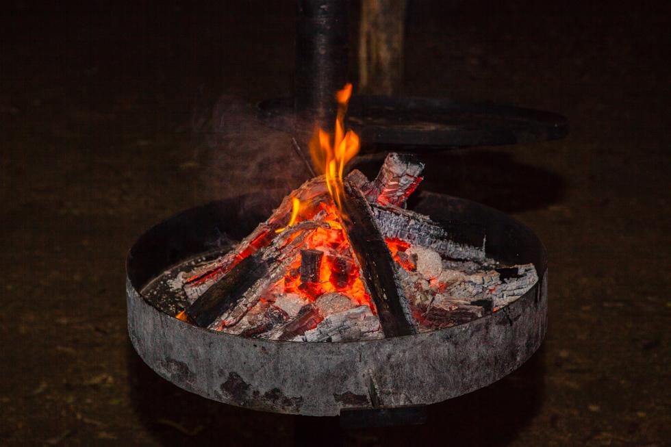 Campfire, Maroela Camping Safari