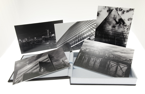Luxury presentation box with 5 prints